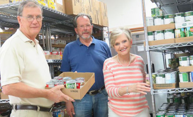Local Modern Woodmen Chapter Donates Food to Sand Springs Community Services